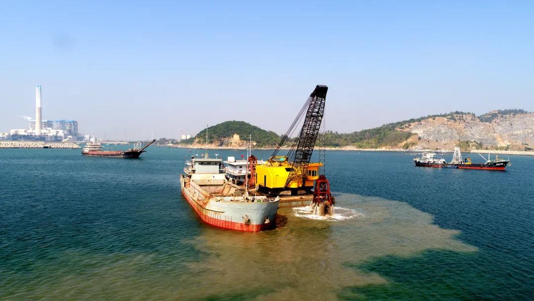 只争朝夕 不负韶华 茂名港重点项目建设再提速